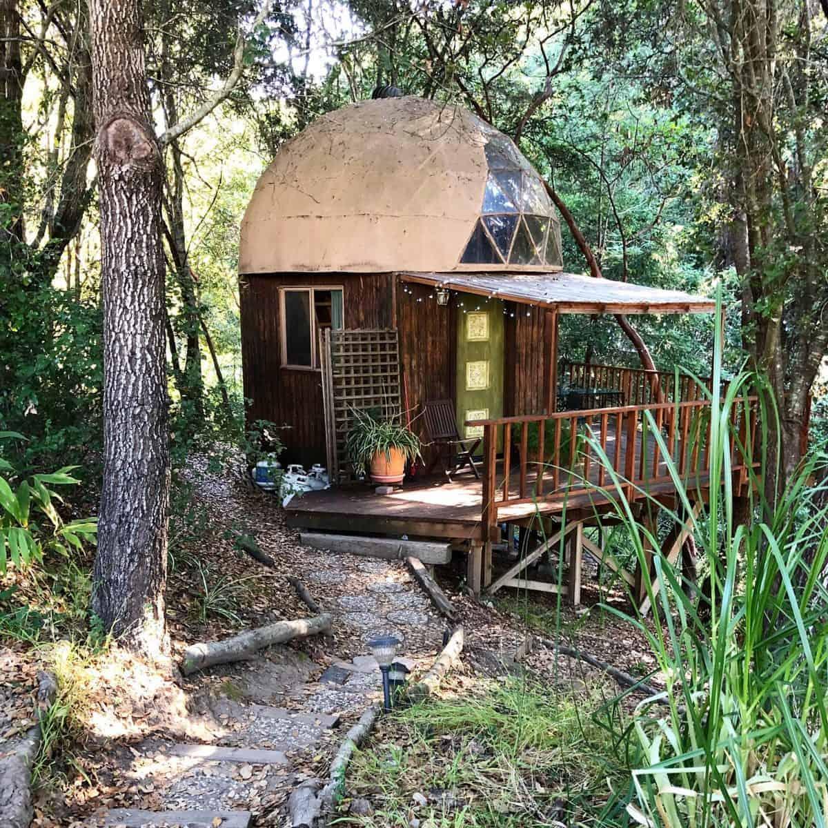 Babymoon in Aptos California at the Mushroom Dome Cabin