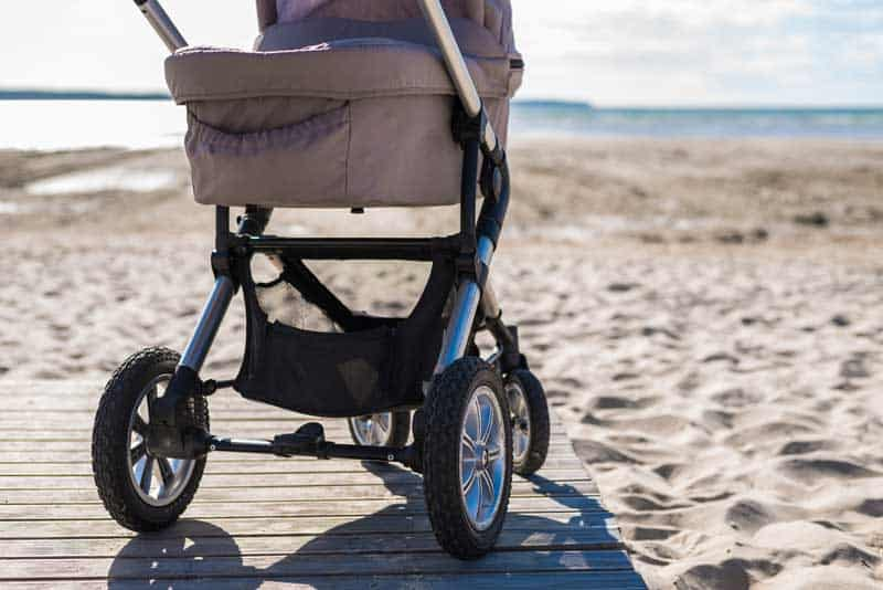 The 7 Best Stroller Organizers | 2021 Reviews