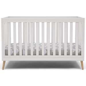 Delta Essex Crib