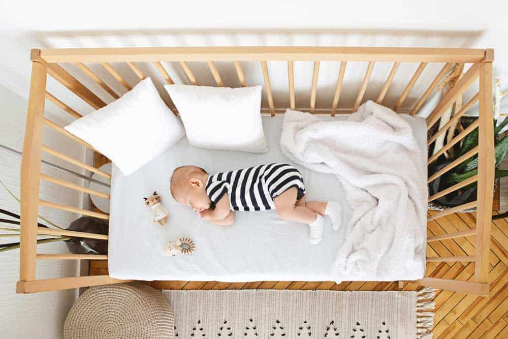 Best Cribs for Small Spaces | 2021 Reviews